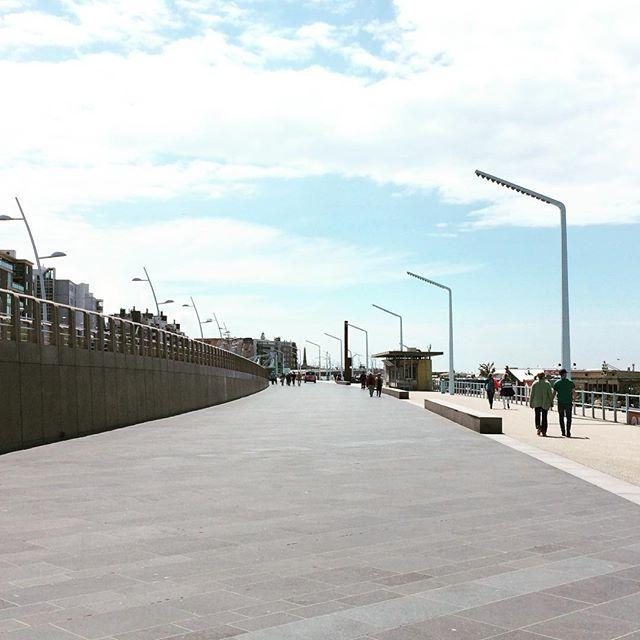 Vernieuwde boulevard #scheveningen #bad #jadatzijnlantaarnpalen