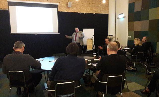 Het  werkatelier is begonnen met Alexander Singewald van #privacy.nl.