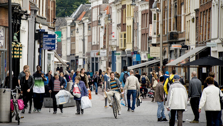 Drukkere winkelstraten in het tweede kwartaal