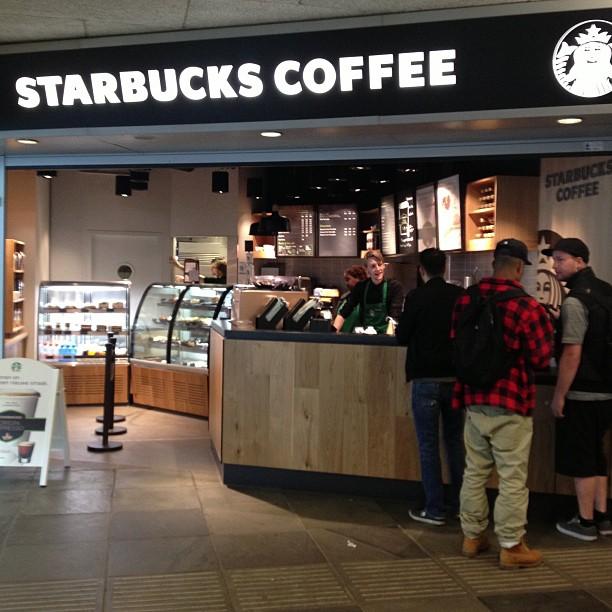 Nieuwe Starbucks op Amsterdam Amstel