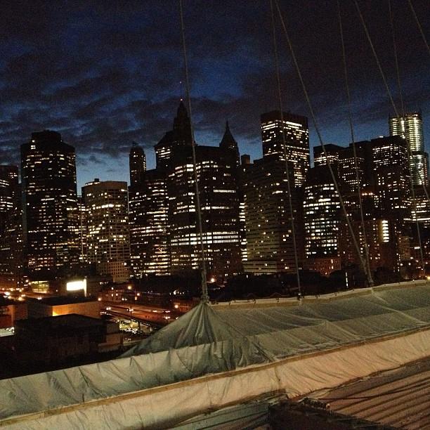View van brooklyn bridge new york.