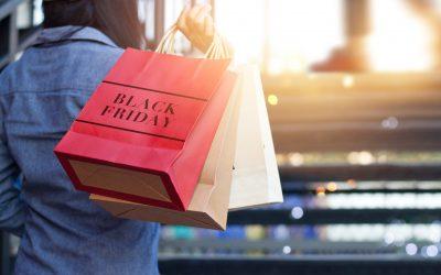 Drukkere winkelstraten op Black Friday